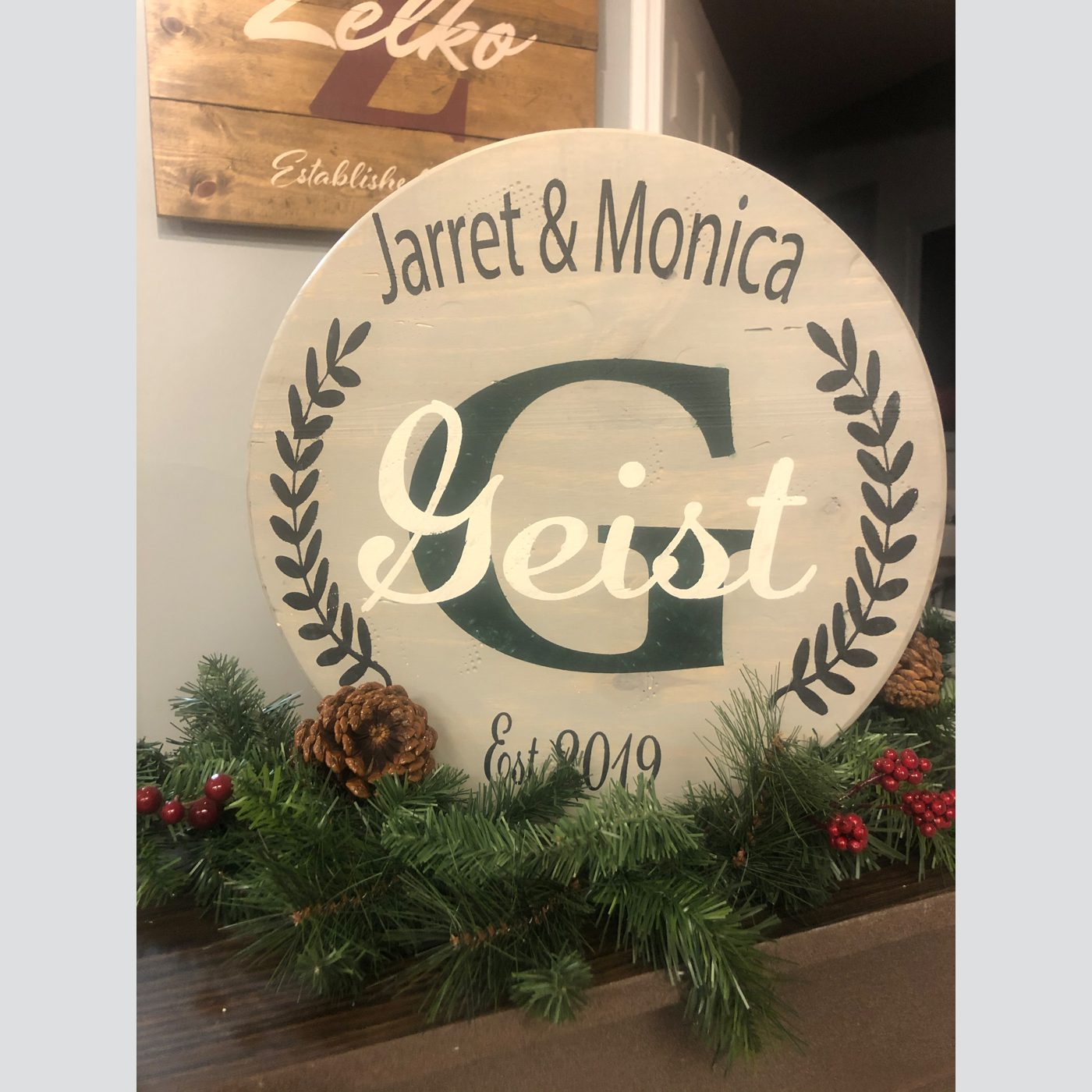 Customized Medium Round DIY wood sign