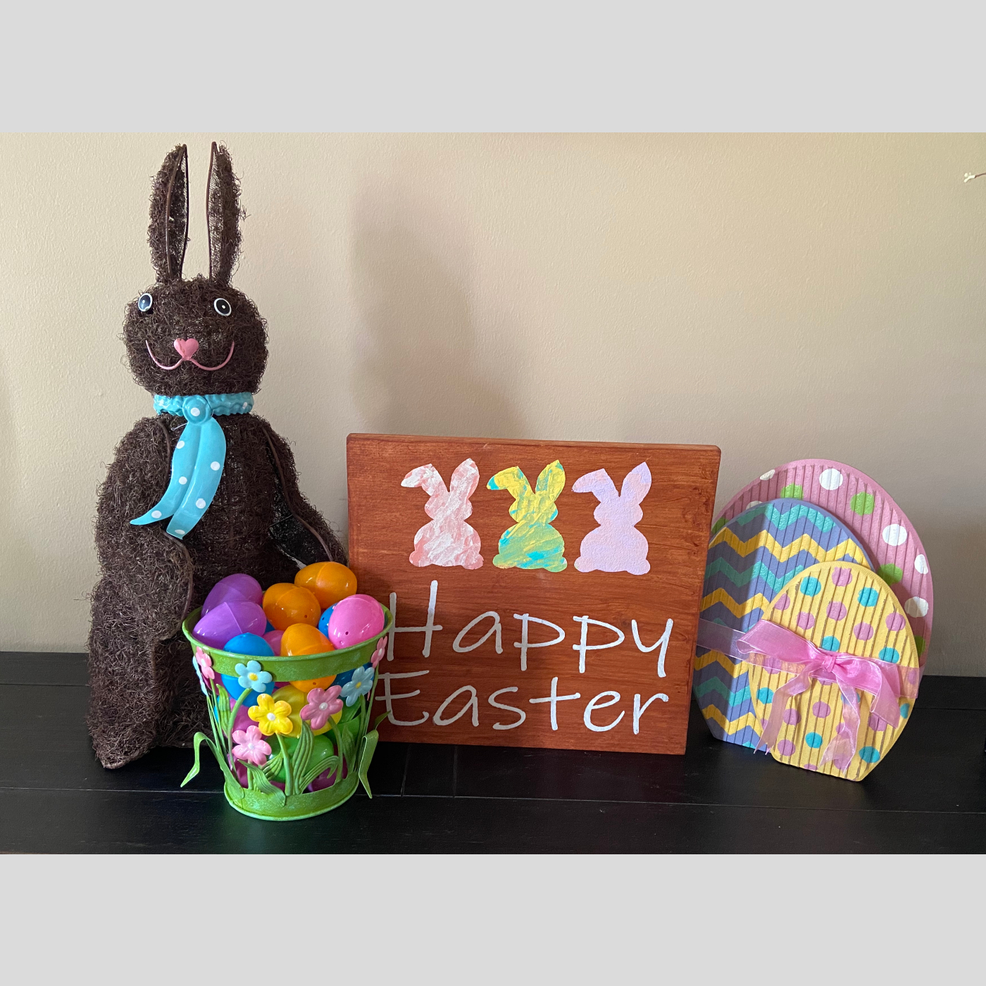 Happy Easter DIY wood sign