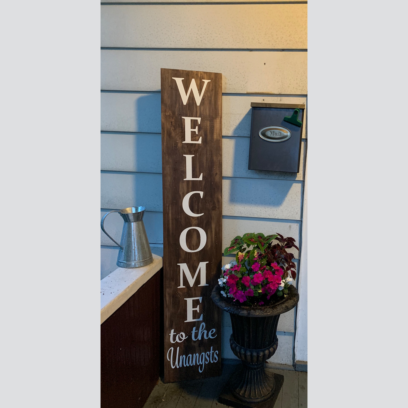 Welcome Sign - Personalized DIY wood sign project